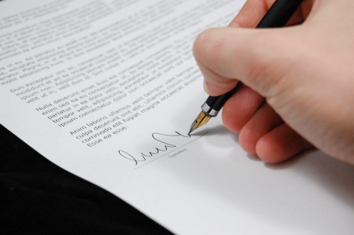 Firma digital - Es útil tener un certificado digital cuando vives en el extranjero