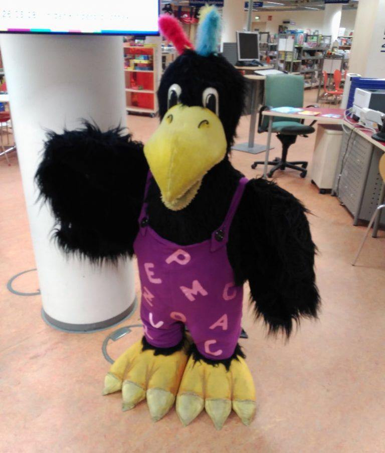 Kessi el cuervo, mascota de la biblioteca de Bremen