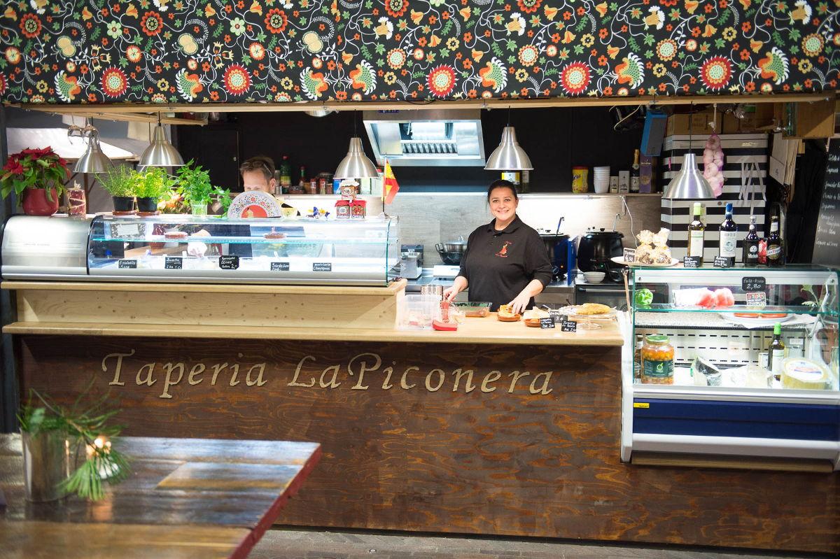 Conoce a Teresa, en la Tapería la Piconera - Cocina típica española en Bremen